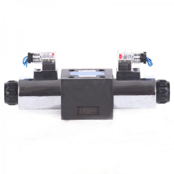 Rexroth 4WE10C3X/CG24N9K4 Solenoid directional valve #2 image